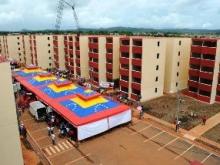 El Gobierno Revolucionario construyó 392 apartamentos en Upata