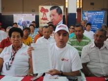 El alcalde Muñiz entregó Convenio con Inass Alcaldía