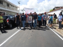 El Alcalde Gustavo Muñiz inspeccionó el asfaltado de Bicentenario junto Sergio Hernández representantes de la Gobernación.