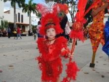 Disfraces, colorido y creatividad se observó en la Fiesta Infantil