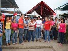 El acto de reinauguración  se dio con la participación de expendedores, clientes, funcionarios de municipalidad y  del mandatario local Gustavo Muñiz.