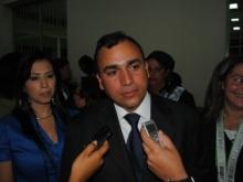 El alcalde Muñiz felicitó a los nuevos profesionales.
