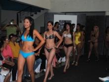 Presentación en traje de baños en el casting de las treces candidatas.