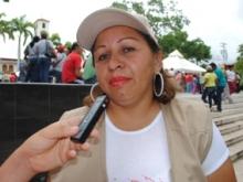La diputada Griseida Calma invitó a los habitantes del sector Maturín a incorporase a la jornada.