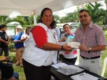 El alcalde Muñiz hace entrega de aporte a Instituciones Educativas