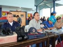 Alcalde Gustavo Muñiz entregó dotación de informes al Cuerpo de Bomberos