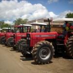 15 tractores entregó Fondas al Municipio Piar