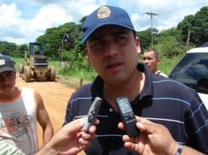 """Alcalde Muñiz: """"La vía será asfaltada""""."""