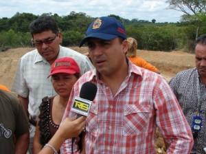 El alcalde Muñiz, le cumplió una vez más a El Manteco.