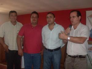 Emiliano Silveira, Juan Ramón Cobritz, alcalde Gustavo Muñiz y Sr. Almir Morais Sá.