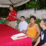 El alcalde Muñiz, presidió el acto de donación del terreno.
