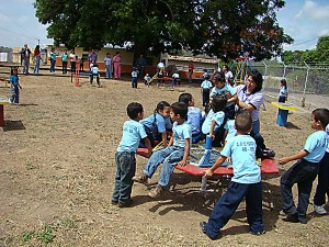 La atención de los niños en la búsqueda de su calidad de vida es la meta de la Fundación
