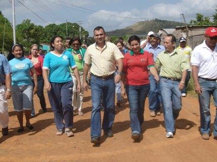 El alcalde Muñiz, comenzó el 2010 con buen pié.