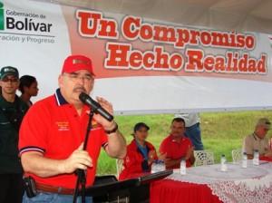 Rangel Gómez resaltó apoyo de alcalde Muñiz.