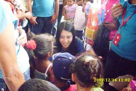 La Primera Dama de Piar estuvo más cerca de los niños en el 2009.