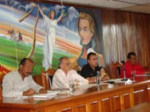 El presidente del CLPP  Gustavo Muñiz en su primera sesión ordinaria del año 2010