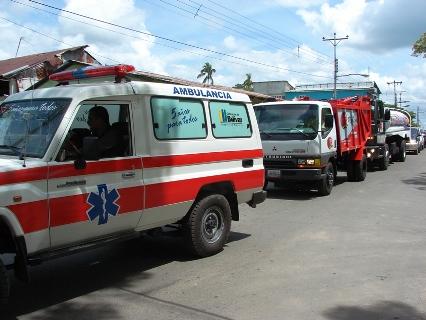 Compactadora, Cisterna y ambulancia llegaron al Manteco