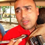 Alcalde Gustavo Muñiz despacha desde El Manteco