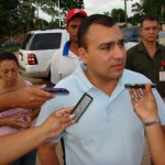 """Alcalde Gustavo Muñiz """"vamos a entregar esta obras con su asfaltado""""."""