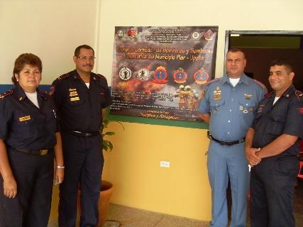 Sobre estas líneas las imágenes graficas de Zurimar Arbeláez, Julio Fernández, Ivan Contreras y Wilfredo Quiaragua.