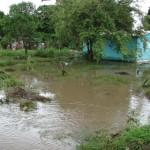 La Construcción de viviendas en sitios inadecuados originaron las inundaciones.
