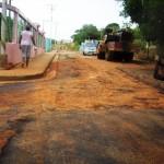 Se aplican 495 toneladas de asfalto en Mina Abajo de la Parroquia El Pao