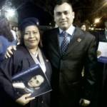 Zuleyma Idrogo nueva profesional junto a su padrino el alcalde de Piar Gustavo Muñiz