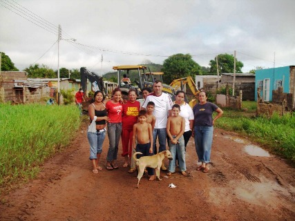 Alcaldía de Piar brinda atención a familias inundadas en Sierra III