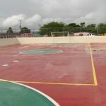 Habitantes de Hipódromo Sur estrenan cancha deportiva