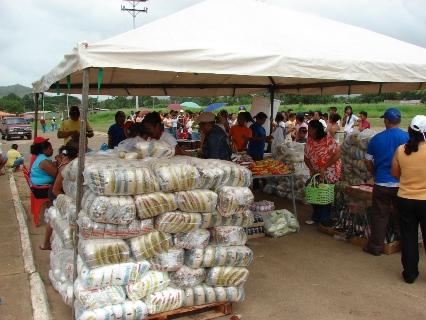 Las personas adquirieron los productos MERCAL.