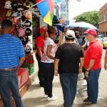 Desalojaron a los buhoneros que obstaculizaban las aceras de la Calle Mirandas.