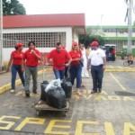 Alcalde Muñiz colabora con la recolección de basura