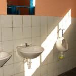 Los baños cuentan con todos sus accesorios