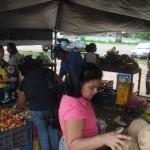 El pueblo de Piar se beneficia con los precios socialistas del Mercado Campesino