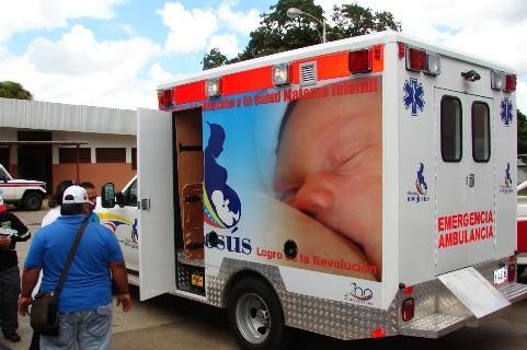 Esta es una moderna Ambulancia para prestar el servicio de traslado de pacientes a otros centros de salud