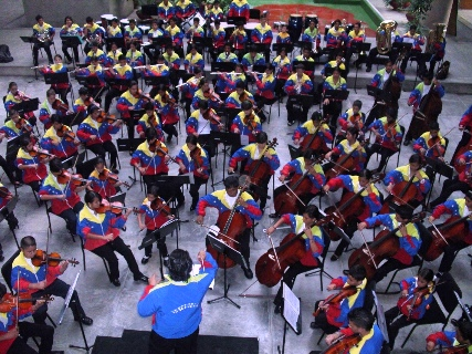 Orquesta Sinfónica de Upata sigue mostrando su música y talento