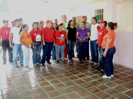 Vecinos y docentes agradecen aporte de la Alcaldía de Piar