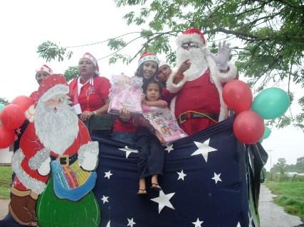Primera Dama Zulny Bonalde entrego juguetes a niños de sectores rurales