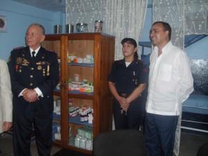 El consultorio cuenta con medicinas para una atención gratuita.