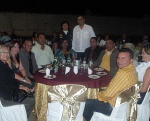 El alcalde Muñiz y Tren Ejecutivo disfrutaron de la Cena Navideña del Cuerpo de Bomberos