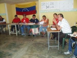 Arsenio González director General sostuvo encuentro con consejos comunales de El Manteco para finiquitar detalles de la Jornada.