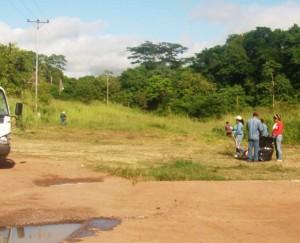 Cuadrilla de la Fundación Yocoima realiza saneamiento en el Matadero Municipal